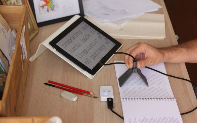 Zoomografo è uno zooming device per leggere e scrivere tutto stampanti in 3D.